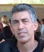 Доктор Гарри Винклер, заведующий отделением литотрипсии, Шиба больница